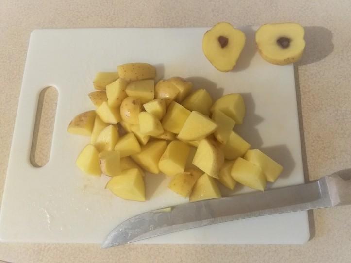 Blue Apron cut potatoes